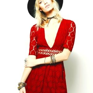 FREE PEOPLE DAISY FIELD RED DRESS Brand NEW, Sz 6